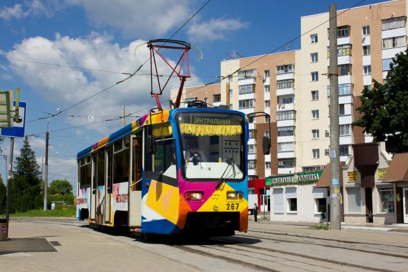 На маршрут №1 вышел арт-трамвай